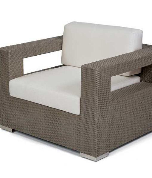 10 Tierra – Club Chair 1