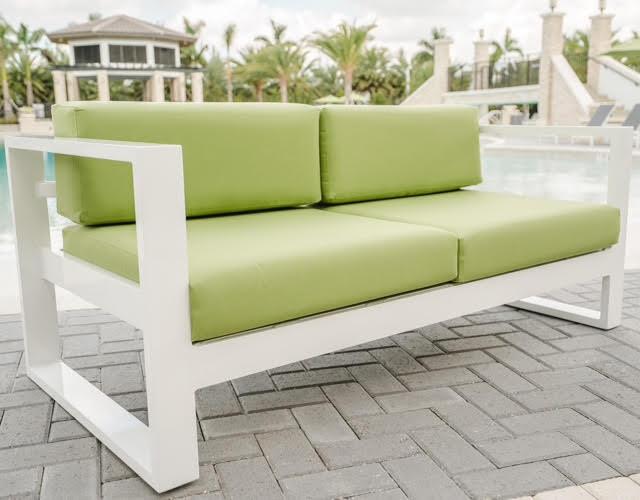 Cushion Loveseat H-255CU