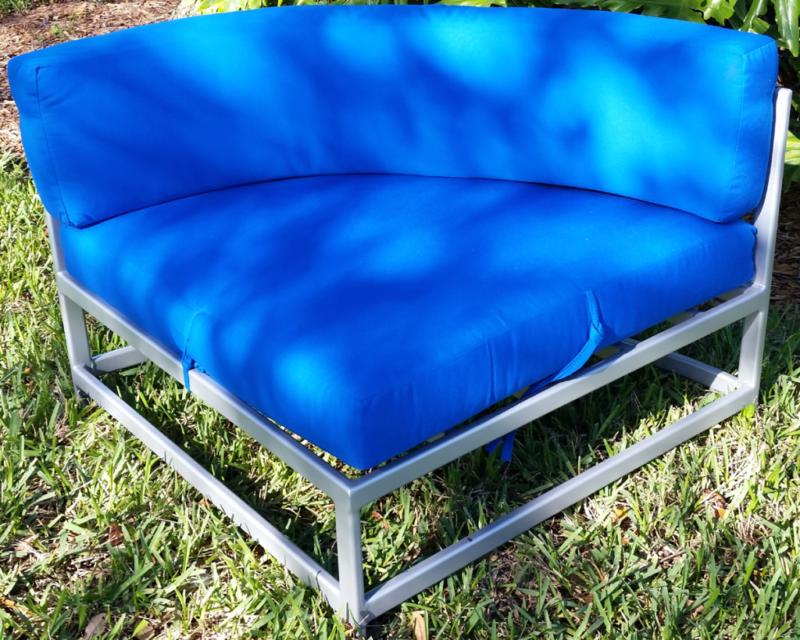R-50CCU Cushion Corner Chair
